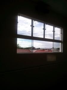 reparo em janelas quebradas